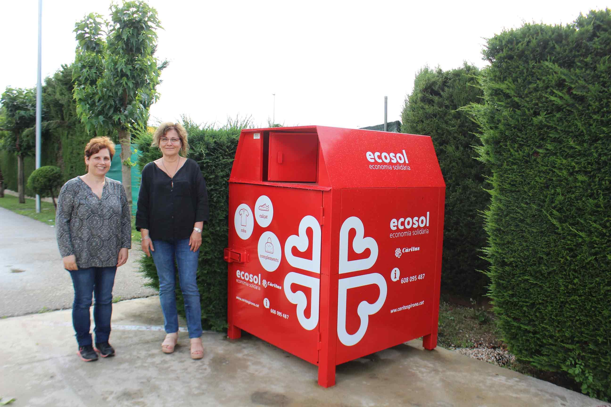 Ecosol instal·la un nou contenidor de recollida de roba usada al polígon Mas Xirgu de Girona